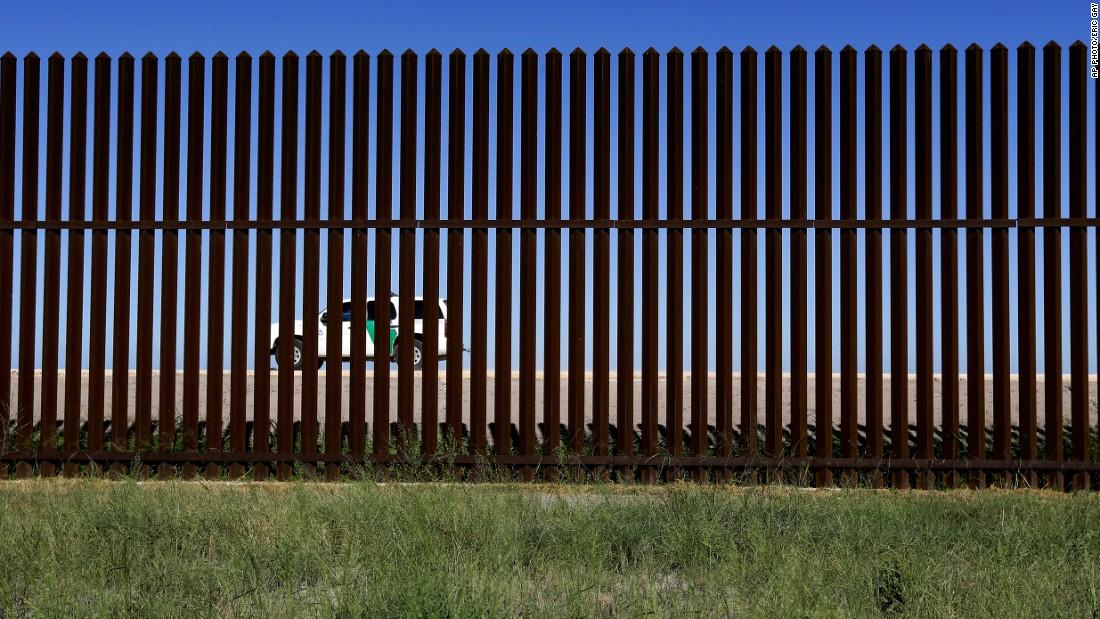 president trump wants wall border experts want fence
