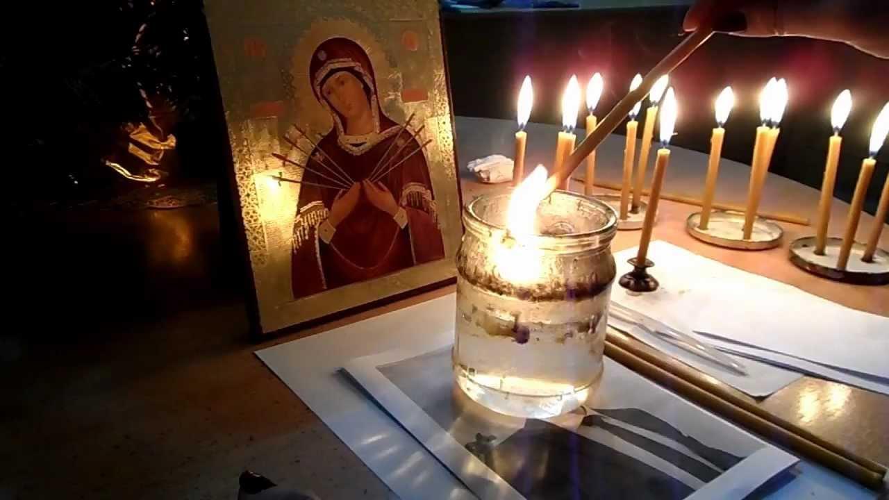 приворот который делается в пятницу с церковной свечей